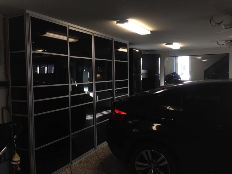 porte coulissante noir garage